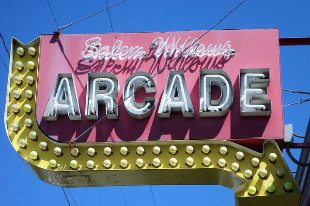 Salem Willows Arcade sign